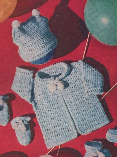 Twin Peaks Baby Set Of Sweater Hat Mittens And Booties