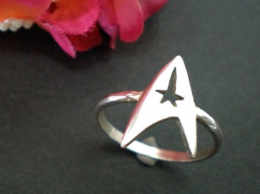 Star Trek Engagement Or Wedding Ring   Command Insignia Ring Jewelry