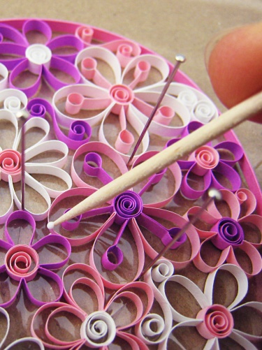 Paper quilling flowers instructions 57361 movieweb paper quilling flowers instructions mightylinksfo
