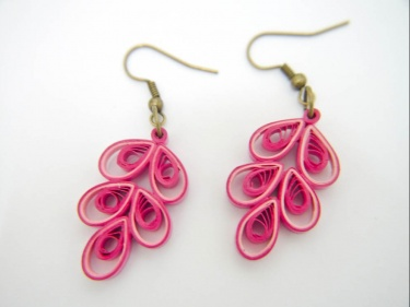 Ooak Pink Chinese On Paper Quilled Earrings